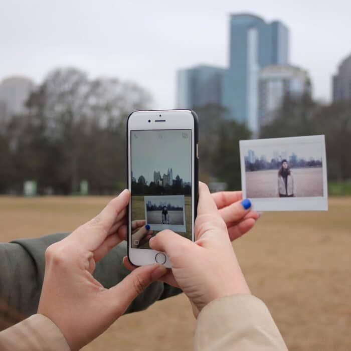 taking a picture of a picture with a mobile phone
