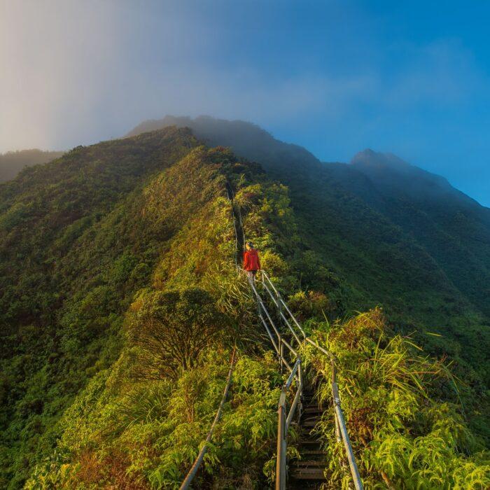 woman on stairs hawaii